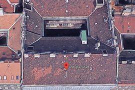 Tetőszerkezet és függőfolyosó felújítása, 2000