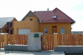 Átriumos családi ház, 2005