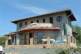 Új építésű mediterrán családi ház, 2005